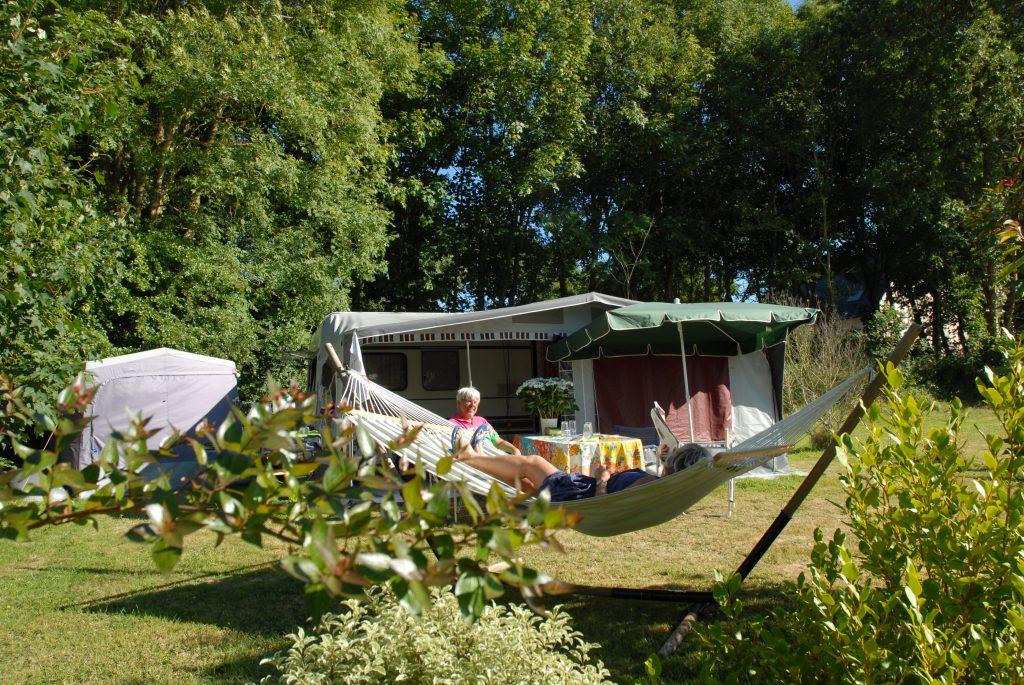 Camping Pouldreuzic emplacement caravane